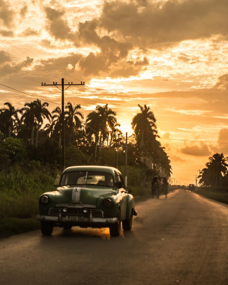 CUba elindulgist old car trinidad